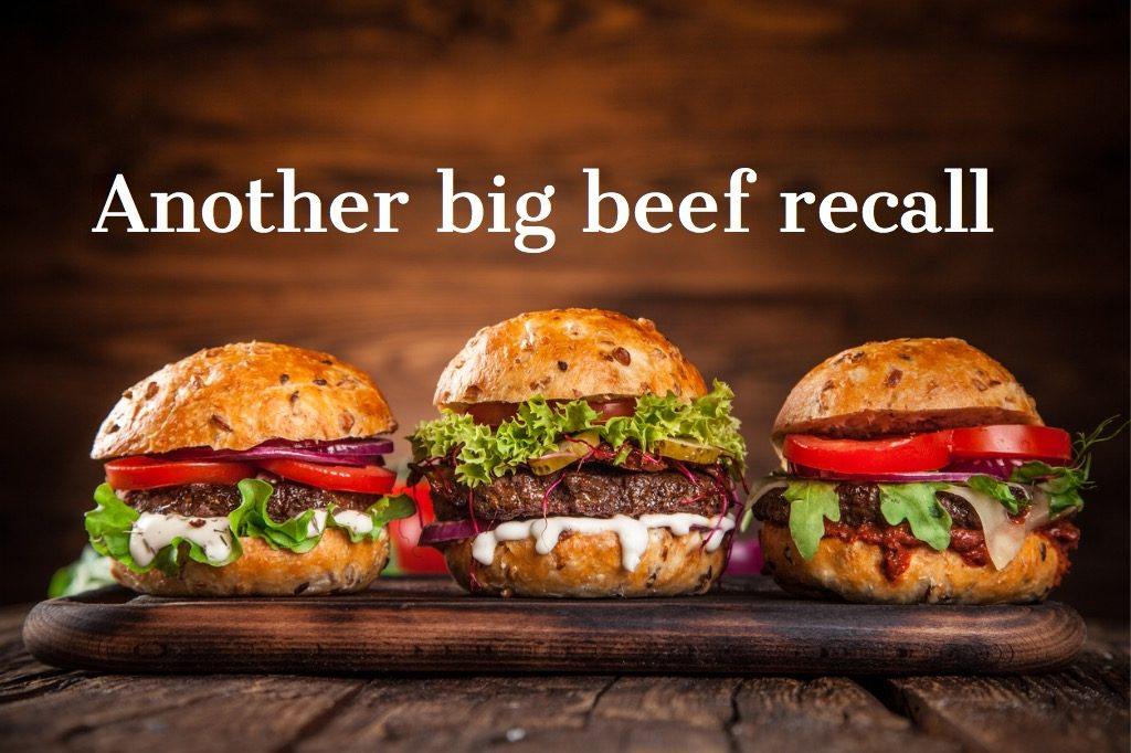 closeup-of-home-made-burgers-picture-id851159308